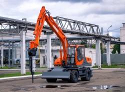КОЛЕСНЫЙ ЭКСКАВАТОР E140W